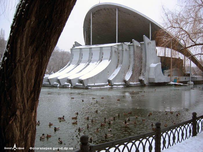 Летний театр в парке Глобы