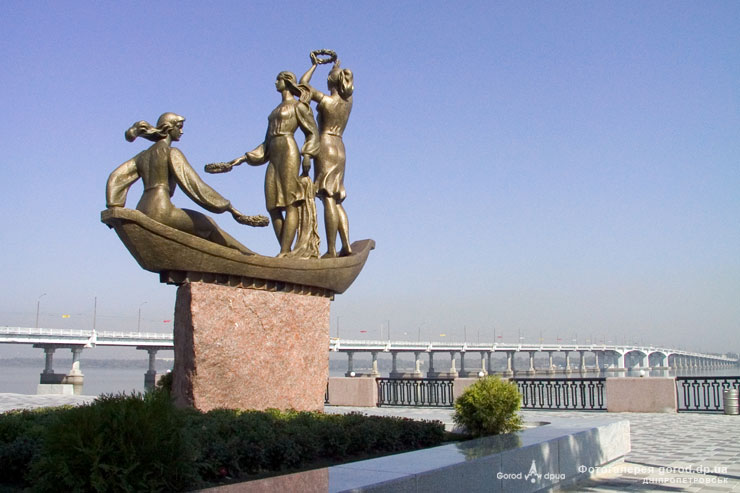 Скульптура Юность Днепра