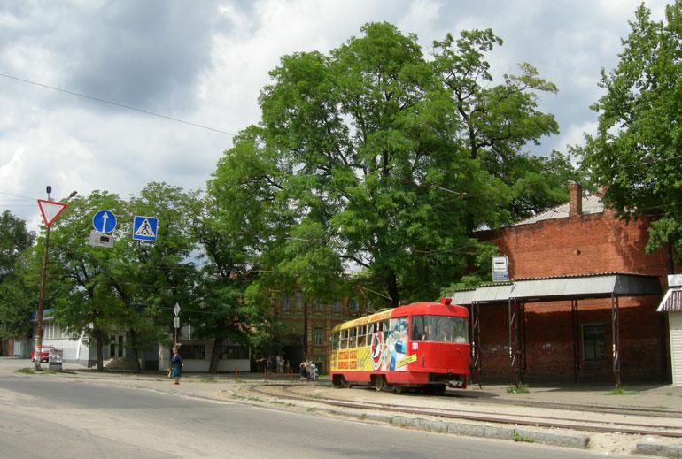 Перекресток ул. Свердлова и Леваневского