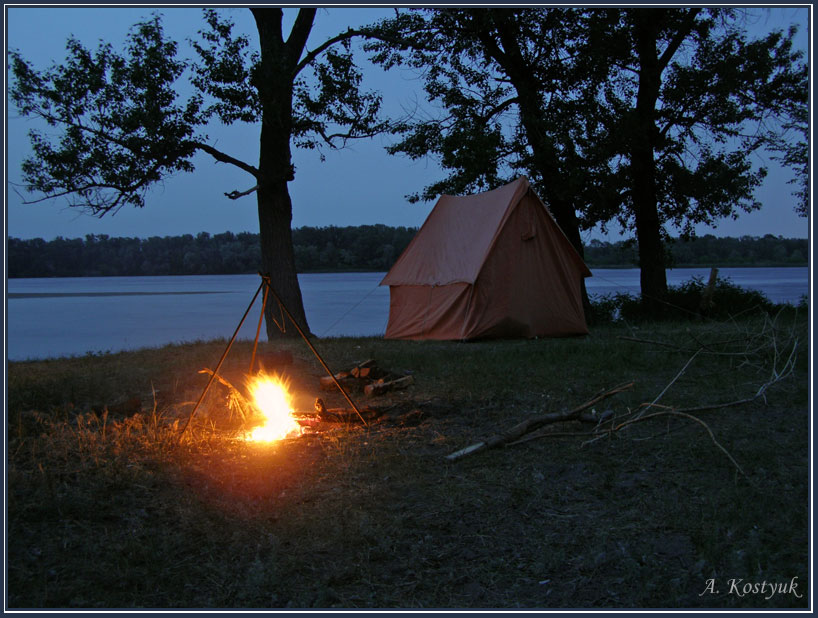 Картинки отдых на природе с палатками возле реки, рисования поздравительная