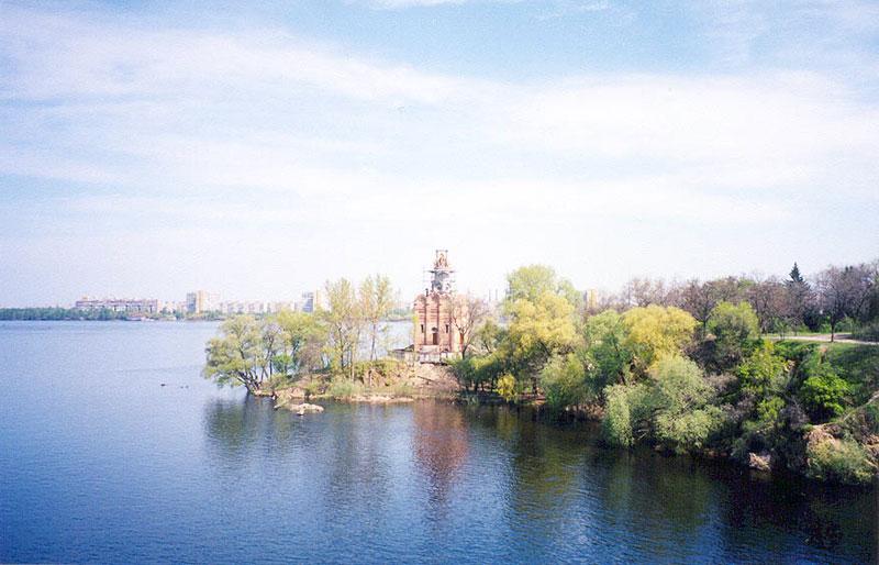 Монастырский остров, парк Шевченко