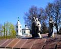 Памятник на месте расстрела мирных жителей во время Второй Мировой Войны. ул. Чичерина