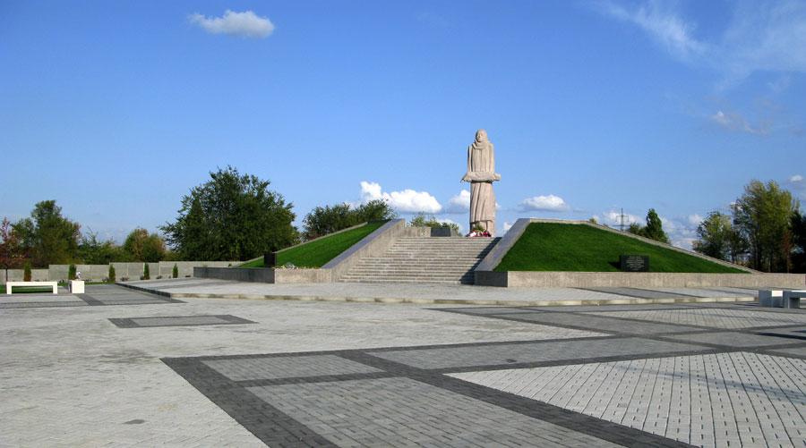 Мемориал жертвам политических репрессий и голодомора