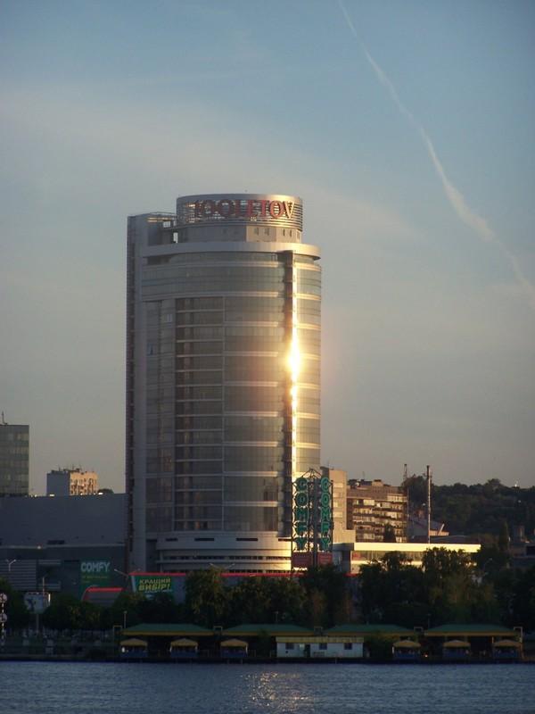 http://gorod.dp.ua/photo/usergorod/2009/07/17/26750.jpg