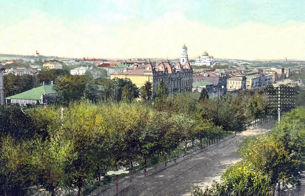 Вид на старобазарную часть Екатеринослава