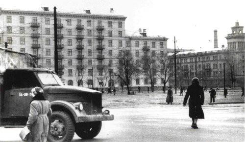 Площадь Н. Островского