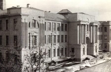 Восстановление медицинского института