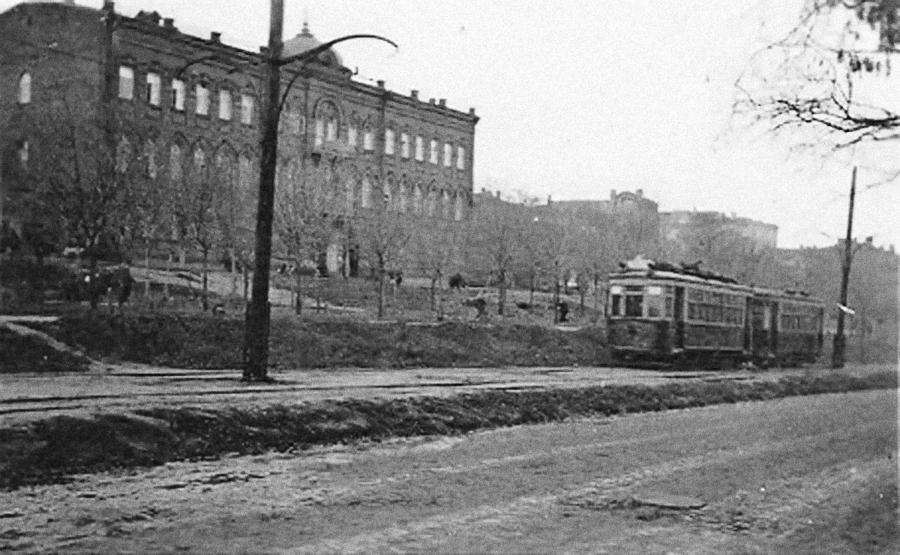 Период оккупации. Период 1941-1943, ул. Чкалова, между Короленко и Ленина.