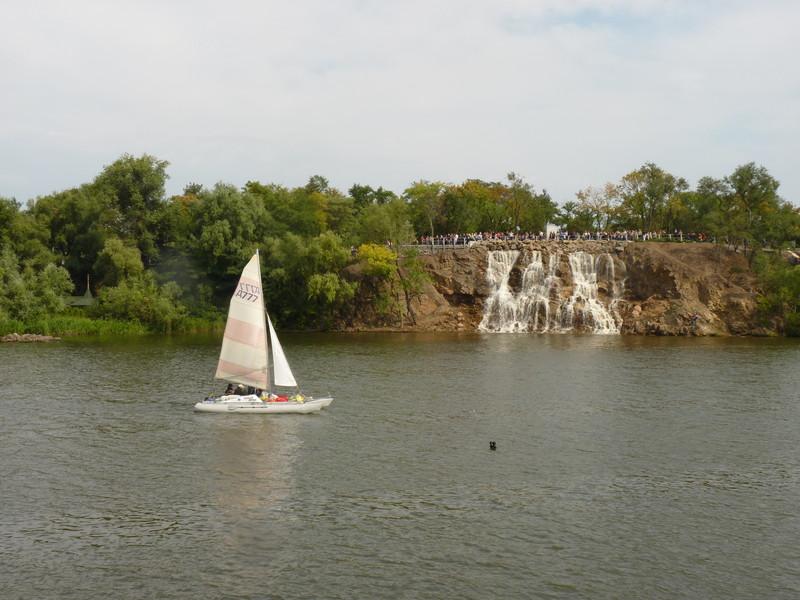 Воды горизонтальные и вертикальные.