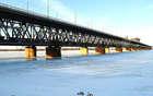 Амурский мост во льду