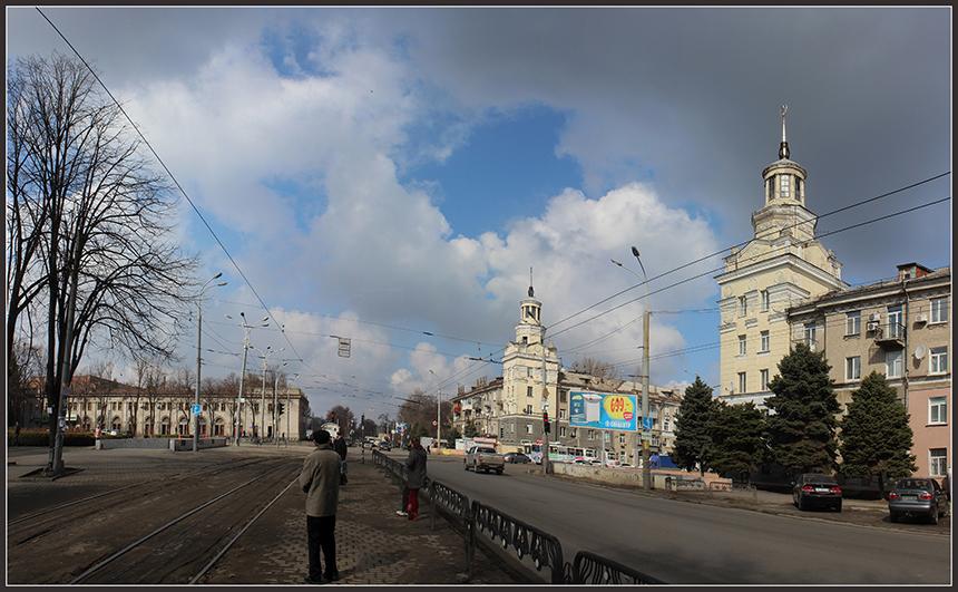 На ул. Криворожской