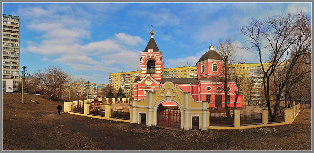 Свято-Крестовоздвиженский храм /1803-1817/