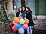 Девчонки с шарами