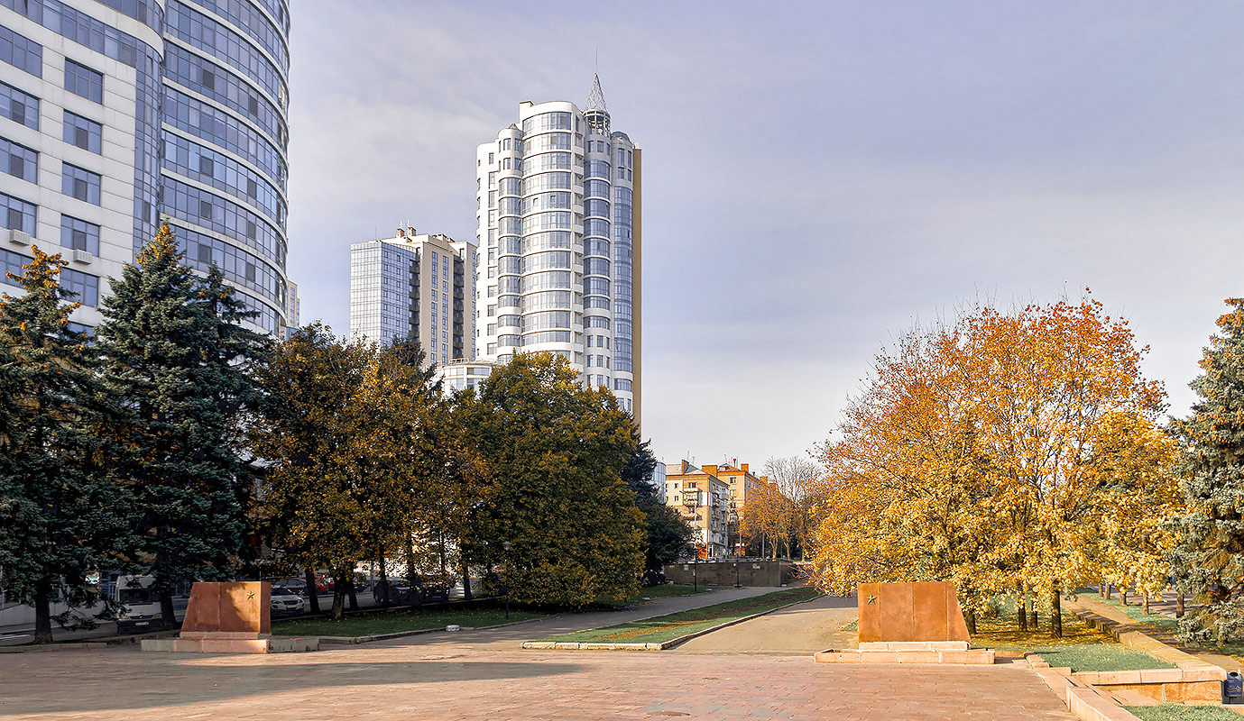 Проспект Яворницкого