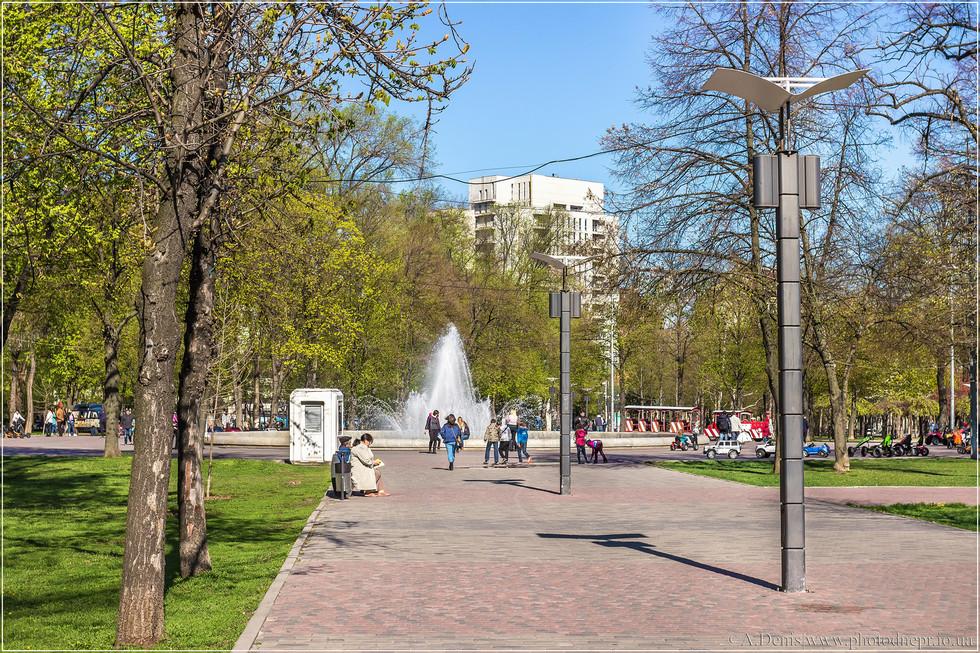 Сквер Героев (Весенний город)