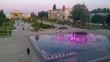 Вечерняя Площадь Героев и Городской фонтан в Новомосковске