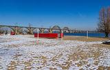 Пляж в феврале на Монастырском