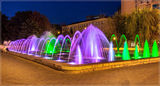 Вечерние цвета фонтана Муза