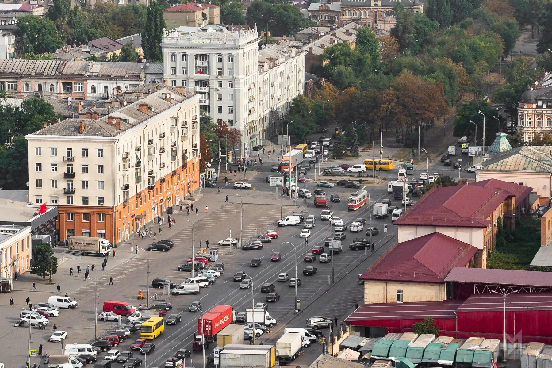 Перекресток Яворницкого и Шмидта