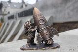 Новая мини-скульптура возле Планетария