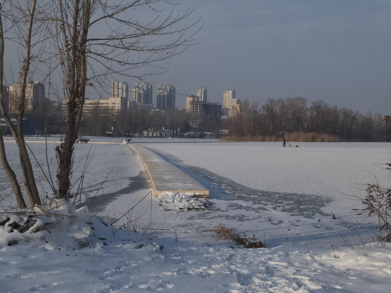 Первый лёд на реке...