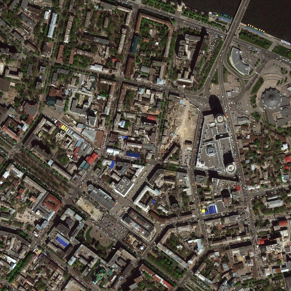 Новый американский спутник снял Днепропетровск из космоса.
