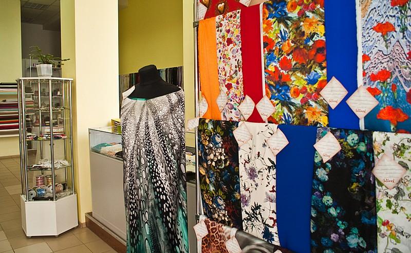 5 b - Партнеры третьего сезона Dnepr Fashion Weekend - салон брендовых итальянских тканей Stella Ricci.