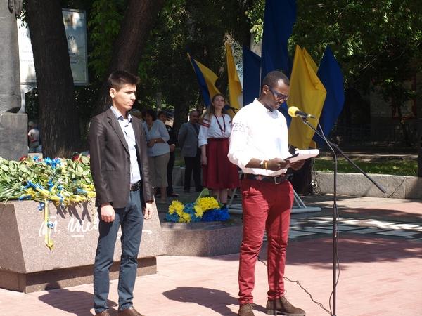 В Днепре состоялись торжества по случаю 155-й годовщины со дня перезахоронения Тараса Григорьевича Шевченко