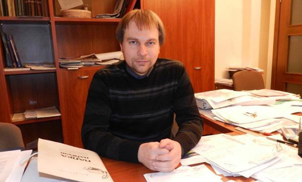 Дмитрий Волик