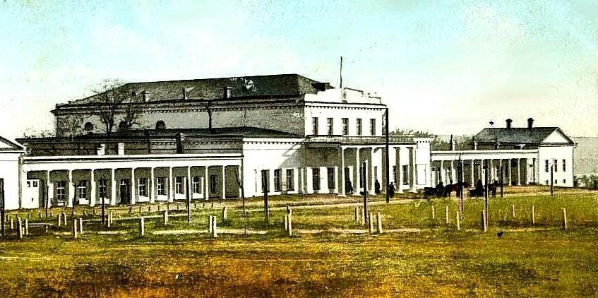 Подземный ход обнаружили в 1914 году перед главным фасадом дворца Потемкина Мифы и реальность: тайны днепровских подземелий