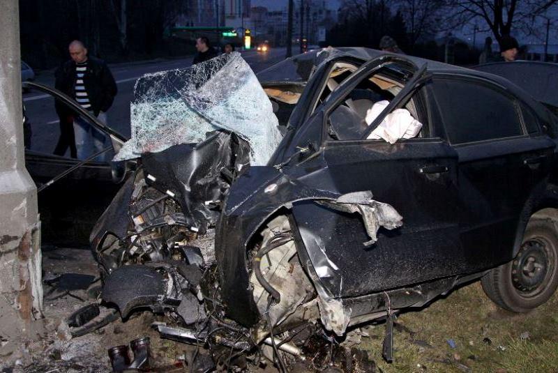Смертельная ночь: на Сичеславской Набережной в страшном ДТП разбились 3 человека