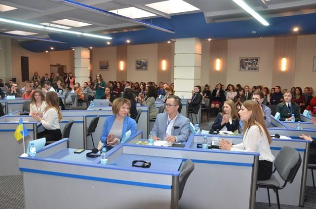 В Днепр на Международный саммит съехались студенты из Украины, Америки, Польши и Румынии