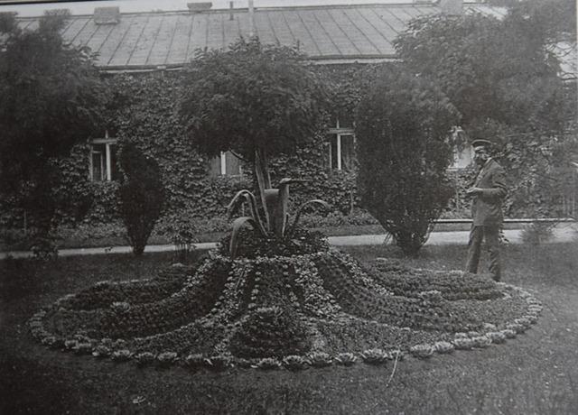 Господин садовник Карл Ципль (архив О.Таланкиной)