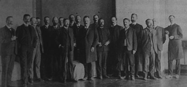 Встреча заводчиков в Алчевском. Второй слева В.Жданов, в центре Э.Сундгрен (архив Х.Сундгрен)
