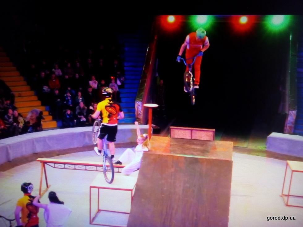 «Форсаж талантов» в днепровском цирке