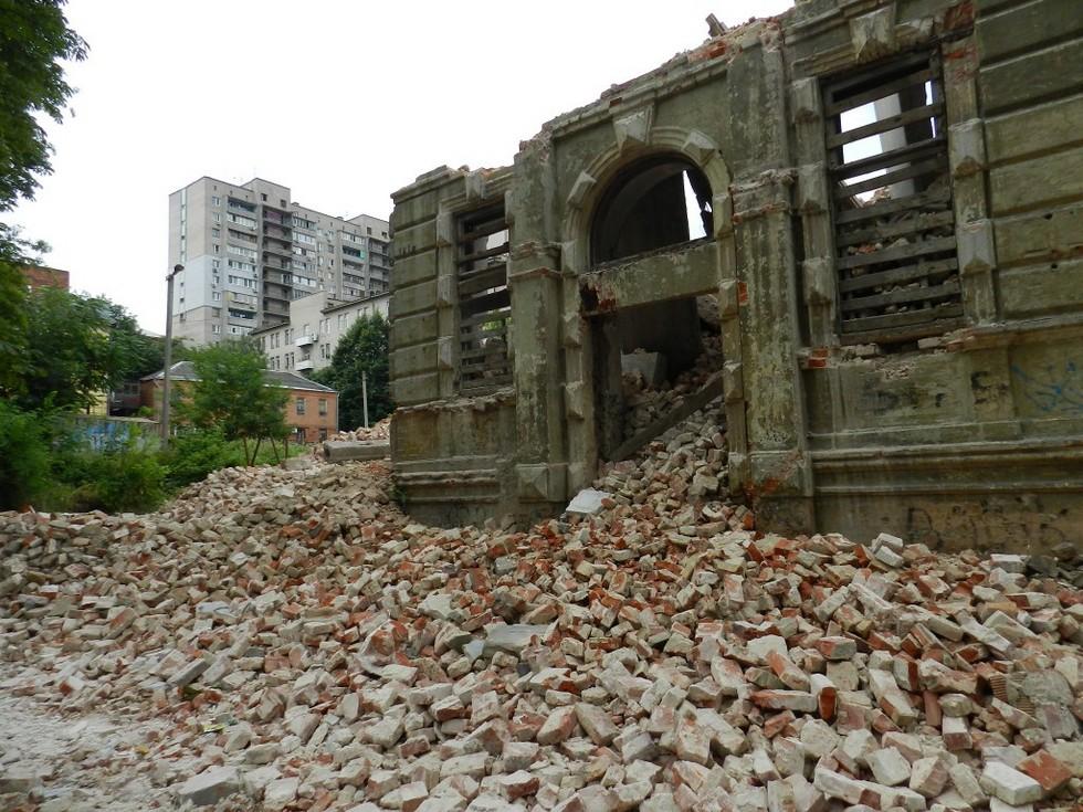 Гибель атлантов: Днепр лишился еще одного уникального памятника истории и архитектуры