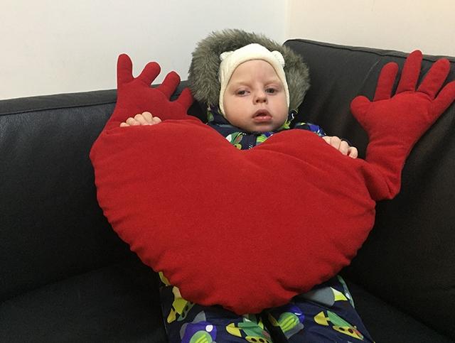 Необходимо помочь Дане Хлызину преодолеть все трудности и стать полноценным, здоровым мальчиком!