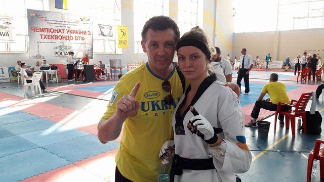 Валерия Коробочка с тренером В.Лобановым.