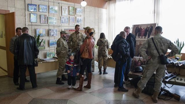 В Днепре начали праздновать День защитника Украины