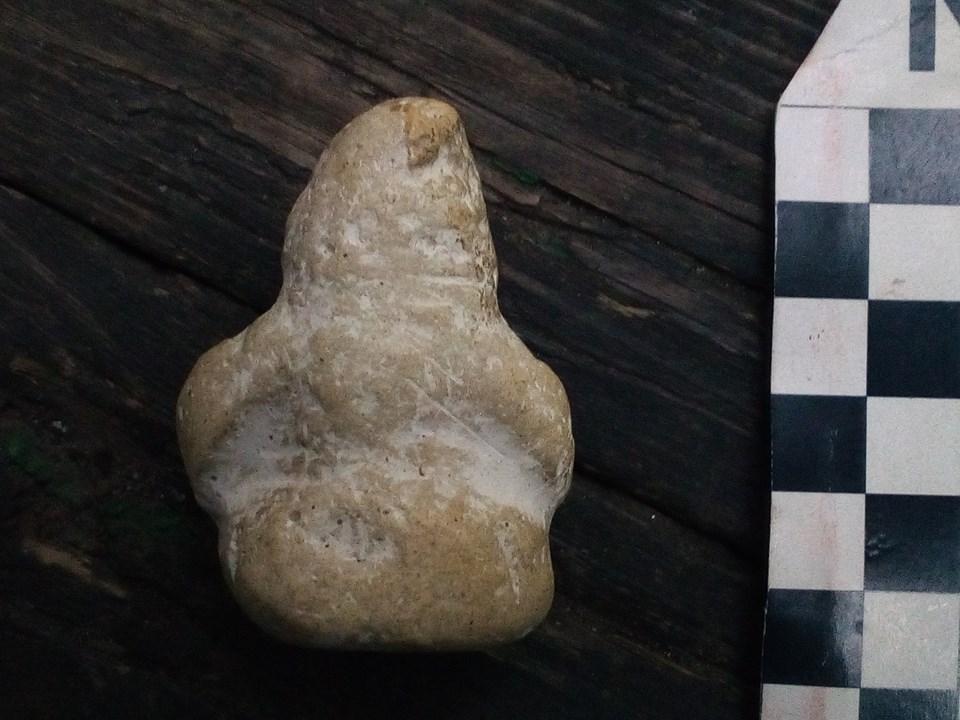 Днепровские археологи обнаружили самую миниатюрную в мире «половецкую бабу»