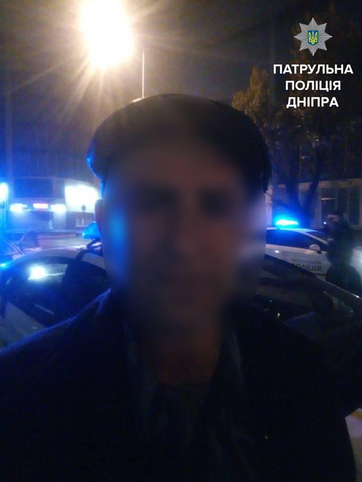 Мужчине, который «заминировал» торговый центр в Днепре, понадобилась психиатрическая помощь