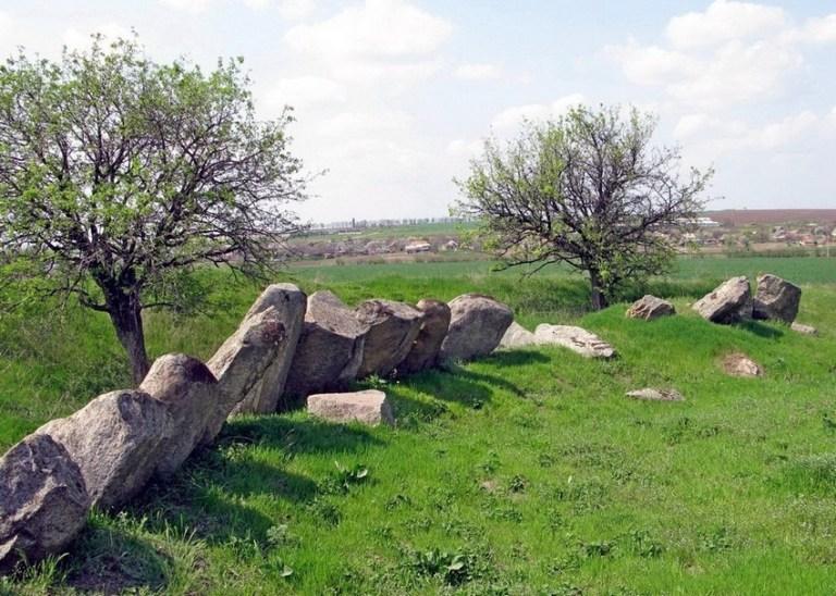На Днепропетровщине есть свой уникальный Стоунхендж
