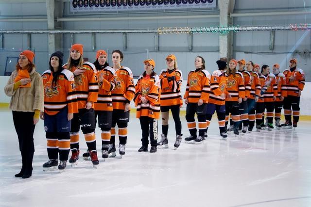 В Днепре стартовал IV этап чемпионата Украины по хоккею среди женщин сезона 2017-2018