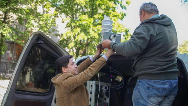 Мобильная эко-лаборатория приступила к замерам качества воздуха в Днепре
