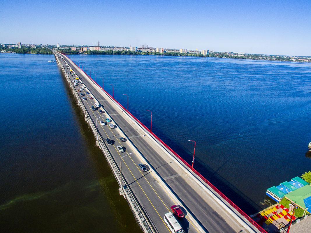 Как работает реверсивное движение на Центральном мосту в Днепре