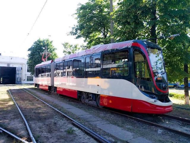 Компания Татра-Юг приступила к тестированию первого трамвая, произведенного предприятием в Днепре для Александрии (Египет)