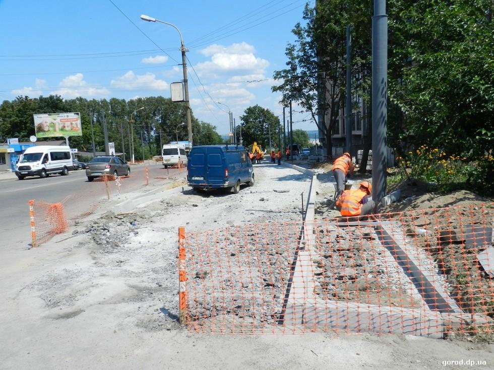 Как строят троллейбусную линию на жилмассив Сокол