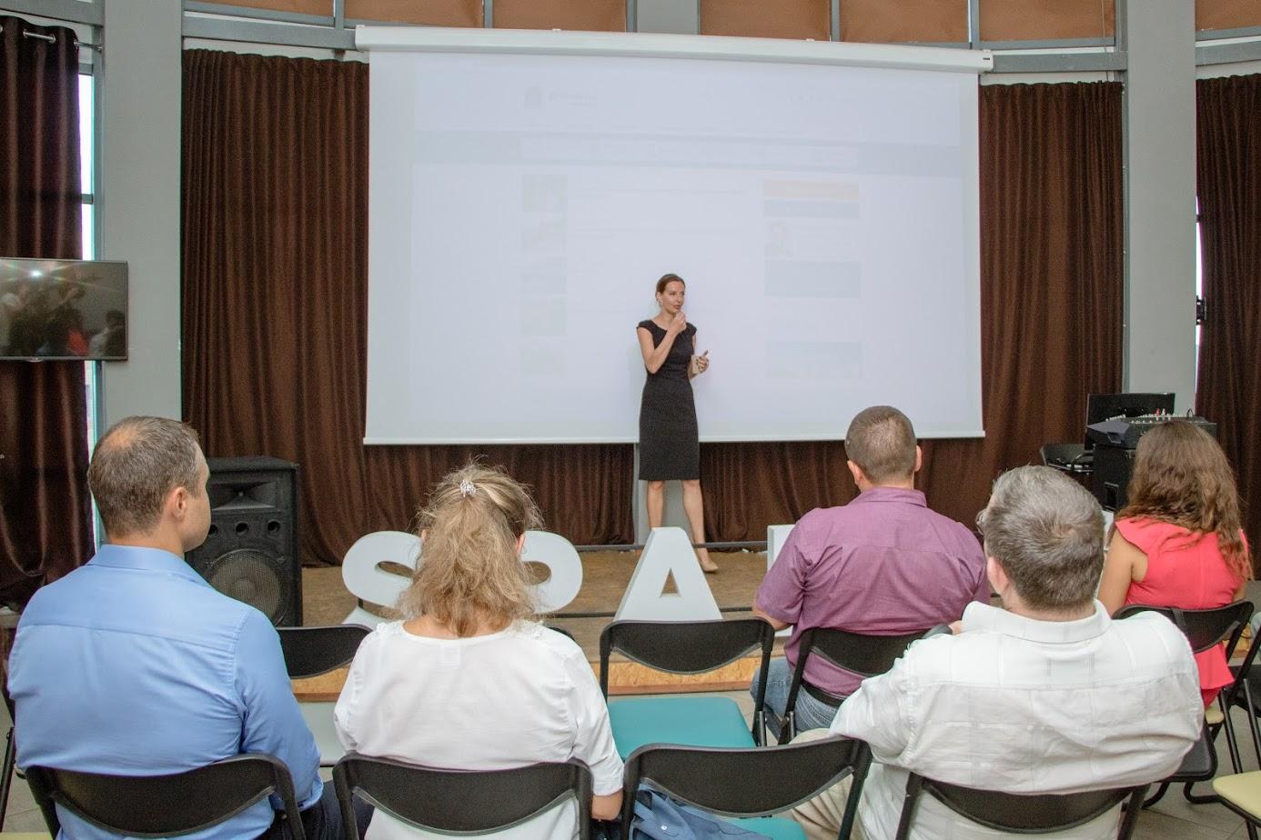 В помощь горожанам: Жителям Днепра рассказали об электронных сервисах, которыми можно воспользоваться на сайте мэрии