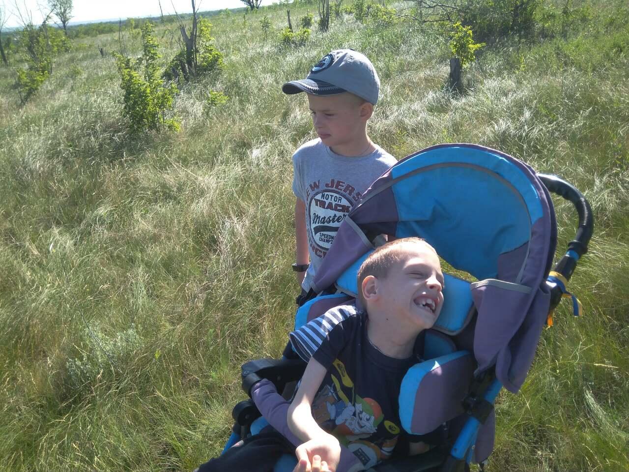 Давайте поможем мальчику Мише сделать новый шаг в борьбе с диагнозом!