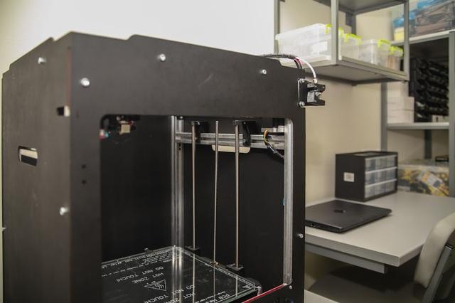 В школах есть все необходимое оборудование. Например, 3D-принтер